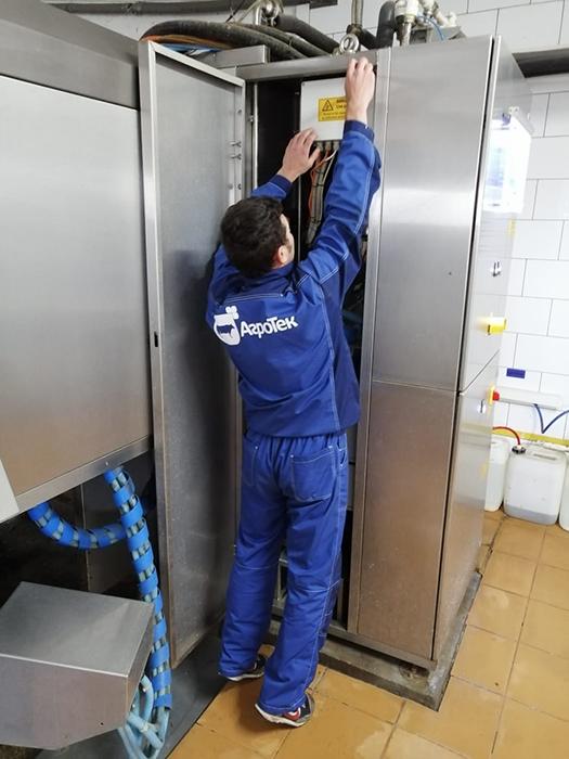 Сервисное обслуживание танка-охладителя молока